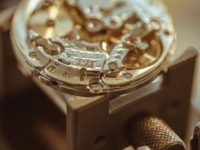 Doit-on restaurer une montre vintage ?